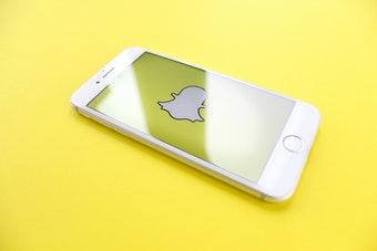 snapchat dark mode iphone