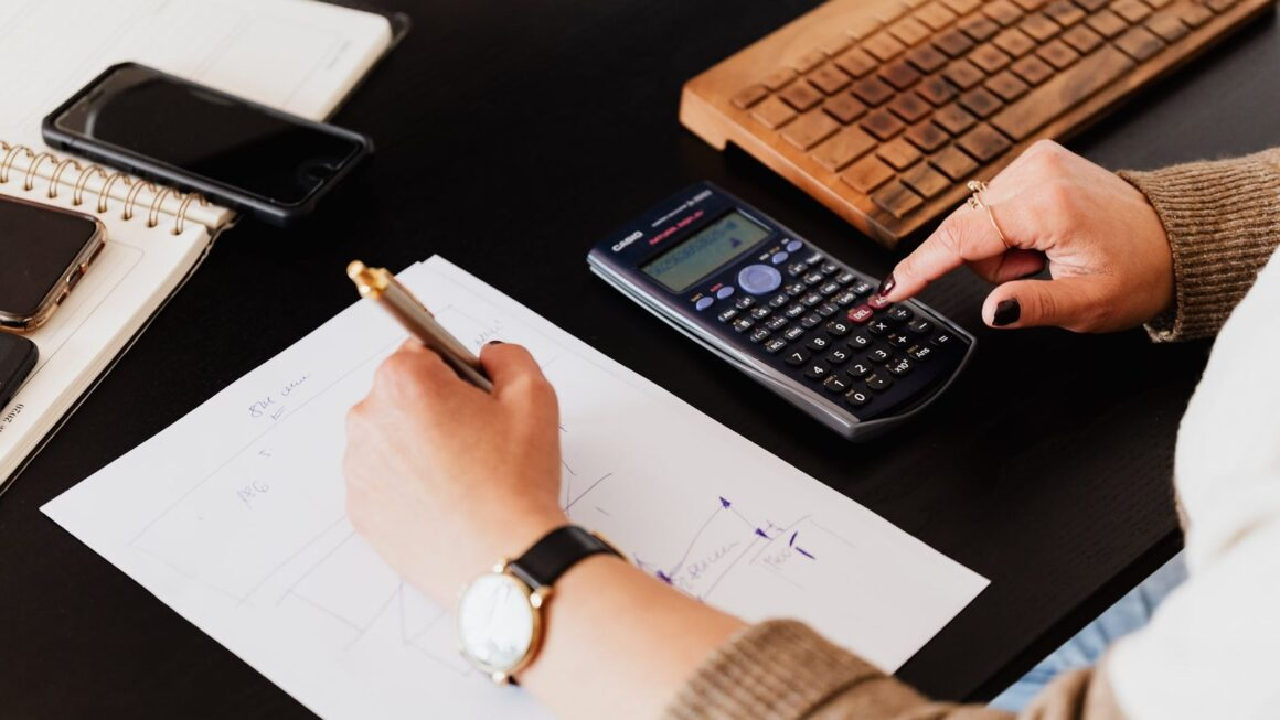 Hiring An Accountant For Your Startup? Consider These 5 Points